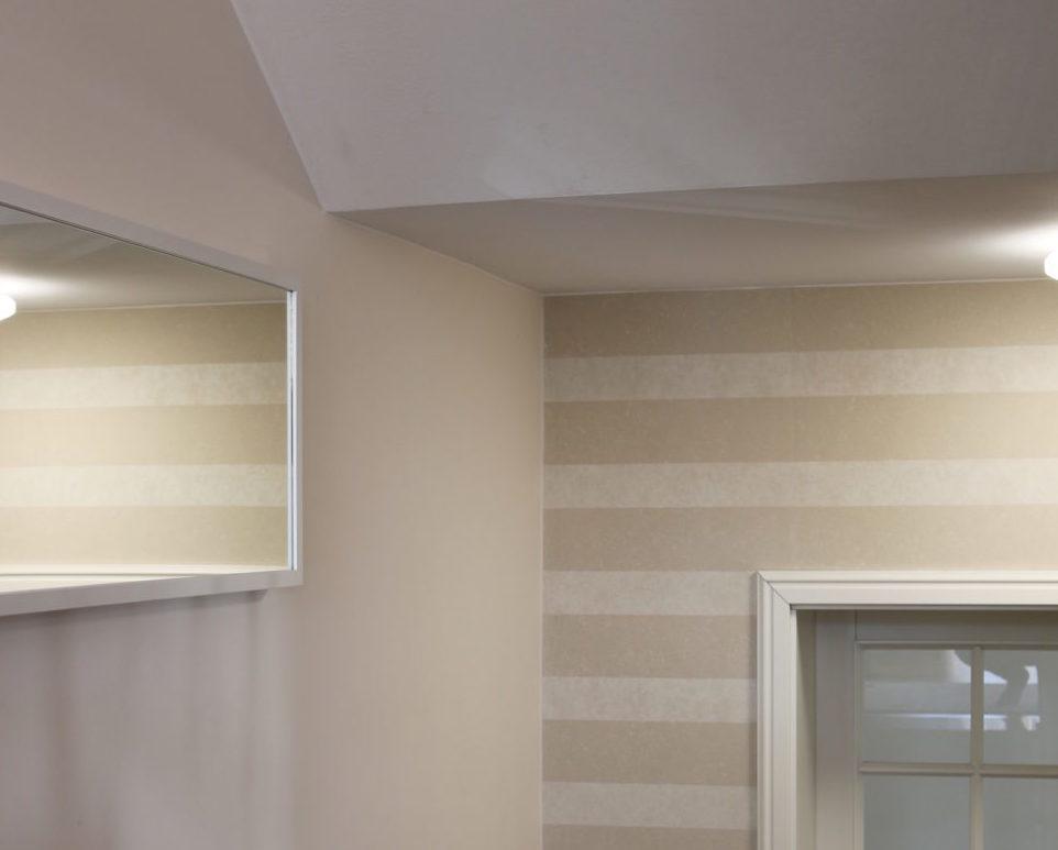 Bild einer Wand mit Tapete